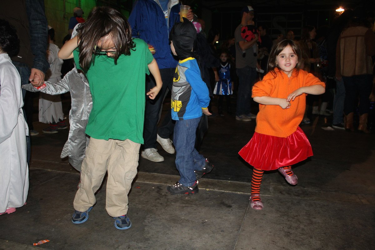 Shaggy and Velma on the dance floor at Boo