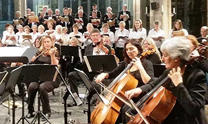 'Countdown to Christmas, in a delightful moorland setting': Ten Tors Orchestra & Choir with Alexander Robin Baker at Tavistock Church