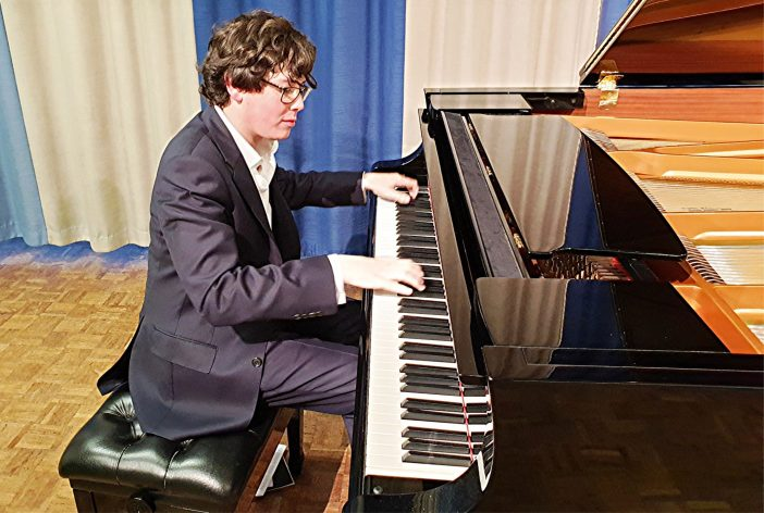 Martin James Bartlett sensational in NADSA piano recital