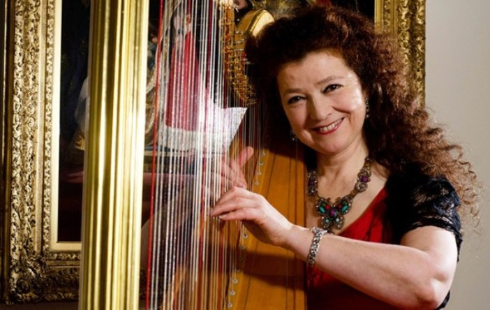 Elizabeth-Jane Baldry's harp sparkles in entertaining journey