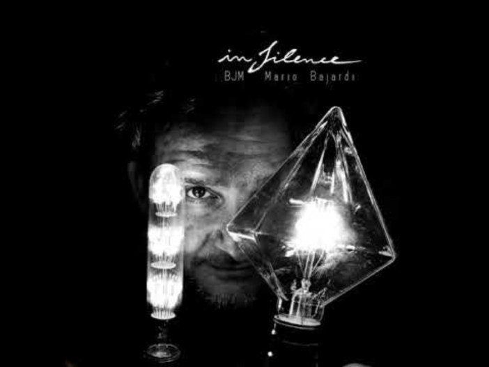 In Silence / Mario Bajardi creates a sound adventure