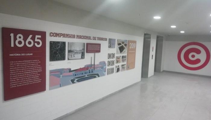 Inauguração Da Loja Continente Bom Dia No Campo 24 De Agosto, No Porto.  Painel …