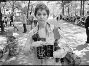 Diálogos Entre Susan Sontag E Judith Butler Sobre A Potência Da Obra De Diane Arbus