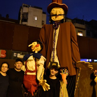 """Espectacle de creació comunitària """"Pinotxo"""". Cia. El Racó del Gat"""