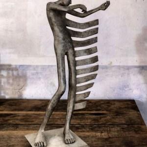 Range-of-arts-Sculpture-Isabel-Miramontes-Berce-Mon-Coeur-Bronze-60x28x20cm