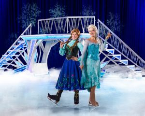 DOI 2016 Anna & Elsa, Frozen
