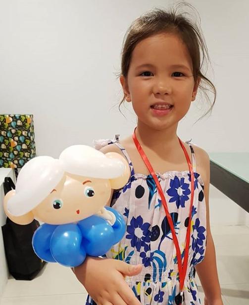 , Cartoon Bracelet, Singapore Balloon Decoration Services - Balloon Workshop and Balloon Sculpting