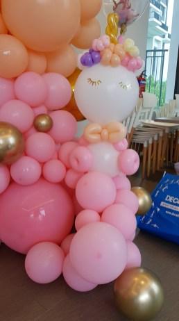 Unicorn balloon Sculpture