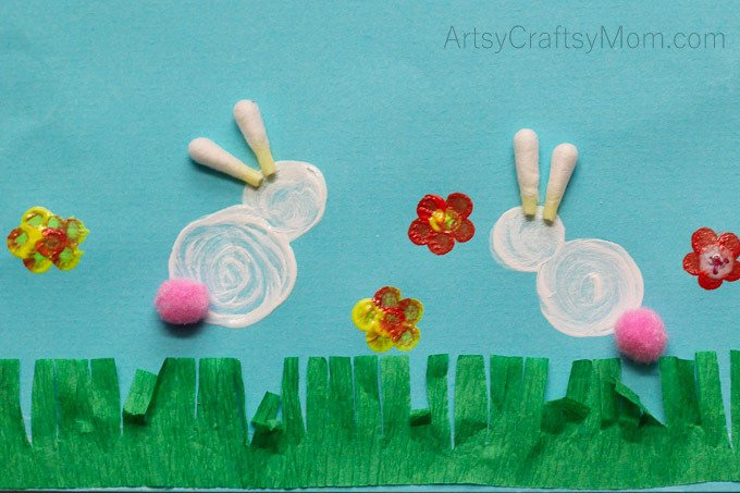 Make Easter Bunny Rabbit Art for kids using Q-Tips - super fun to create. Turn it into a card or hang it on the wall, it will look super cute both ways. #Kidscraftstars