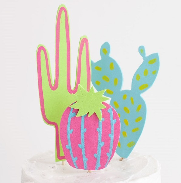 The Best 11 Cinco De Mayo Crafts for Kids - Celebrating Cinco de Mayo today and need crafts for kids? Enjoy our selection to celebrate this fiesta with fanfare - Maracas, coasters, Mexican dolls, pinata, sombrero, Señoritas ,  Frida Kahlo Inspired colourful Mexican headbands, Footprint chillies, ponchos  and Ojo De Dios