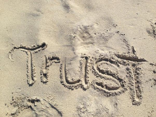 trust-1418901_640