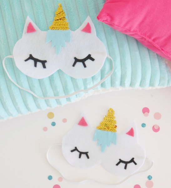 Unicorns are probably the sweetest mythological creatures that even kids love! Spread some magic around with these unique unicorn crafts for kids that are just gorgeous!