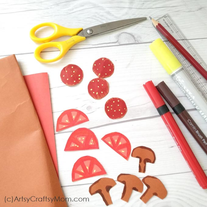 Set up your play food counter with a kiddie favorite - pizza, and make it super realistic with this incredibly detailed Paper Pizza Craft for Kids!!