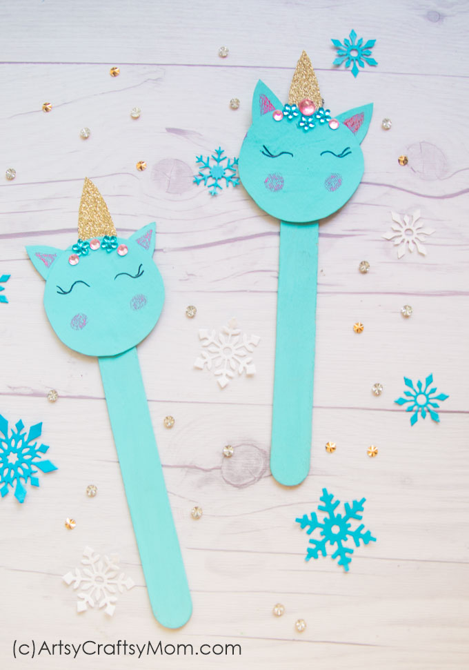 Our Popsicle Stick Unicorn Craft is perfect to make your holidays even more magical! With glitter & rhinestones, this is one pretty unicorn!