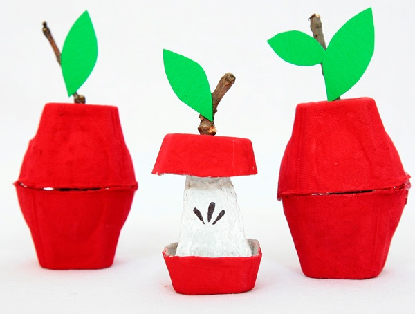 Don't throw away those egg cartons! Instead, use your creativity and turn them into some cute little egg carton crafts for kids! Now that's smart recycling!