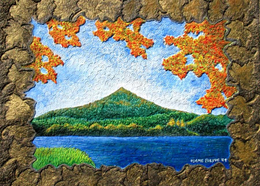 Peaks of Otter in the Virginia Blue Ridge. Autumn hues bring a full pallet of color to this Virginia treasure