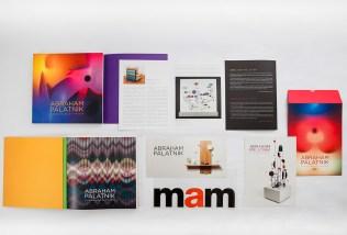Catálogos, convites e fôlderes