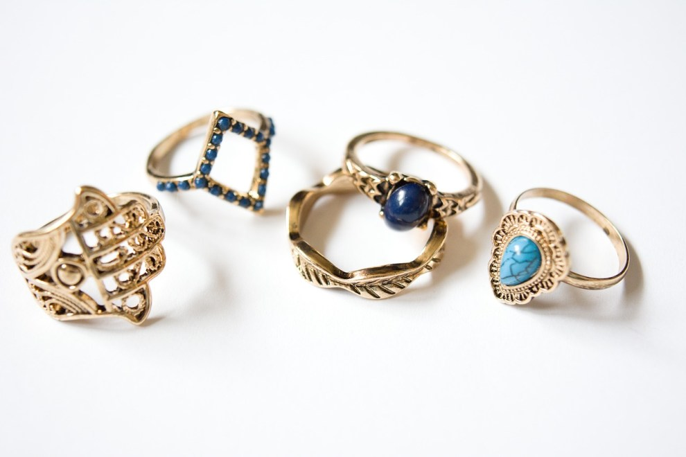 cultural importance of jewlery