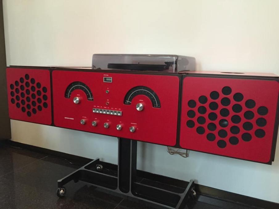 Le Brionvega Radiofonografo