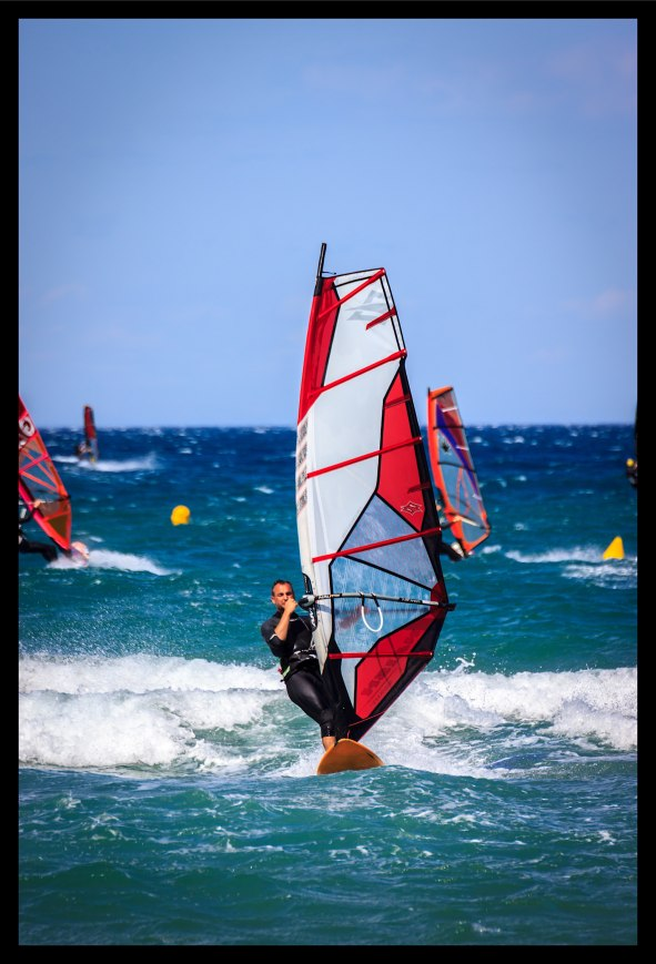 Planche_a_voile_St_Cyprien-1-resized