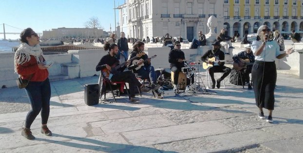 Nôs Raíz playing in Lisbon.