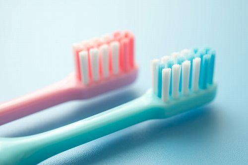 仕上げ磨き用歯ブラシ
