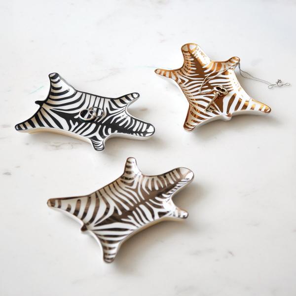 jonathan-adler-vide-poches-porcelaine-zebre-argent-artydandy
