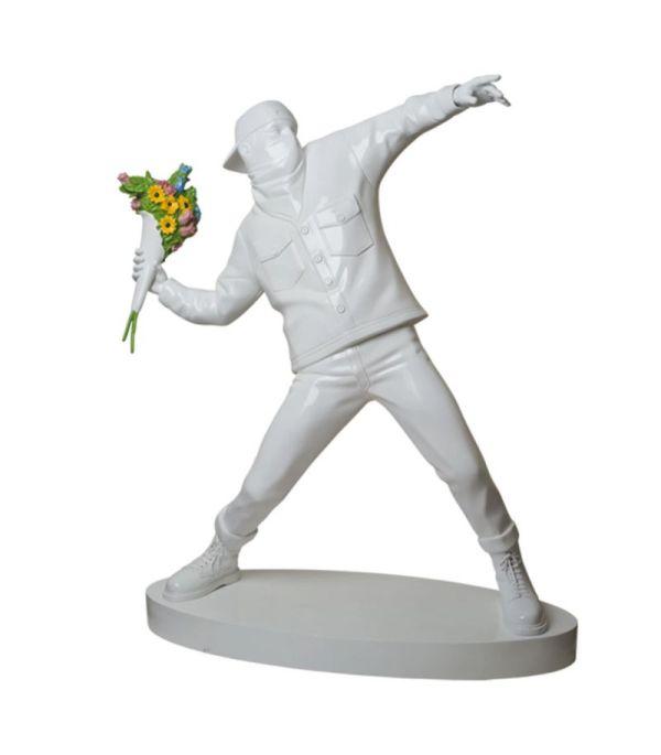 banksy-flower-bomber-sculpture-artydandy
