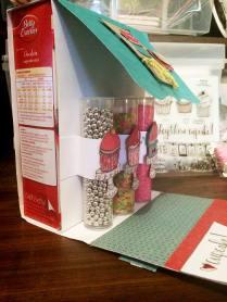 CTMH SOTM Cutie Pie Cupcake Box inside get materials from www.maz.ctmh.com.au
