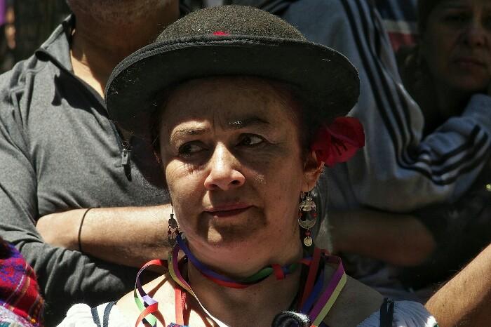 Violeta Parraren hilobian, urteroko omenaldia. Santiago, Txile.