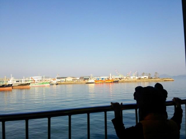 本島へ出港