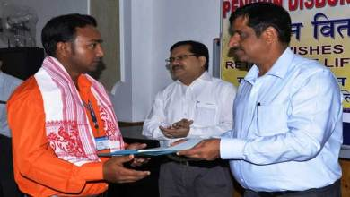 Photo of N.F.Railway awarded Goods Train Driver, Trackman for averting accident