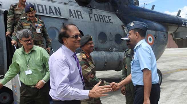 Defence Secretary G Mohan Kumar Visits the Gajraj Corps