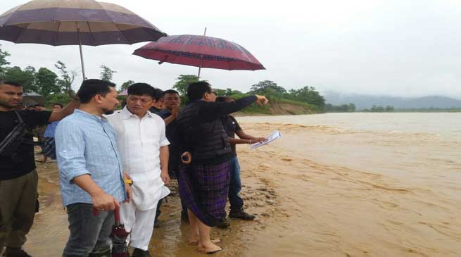 Deputy CM Chowna Mein Visits Flood Relief Camps