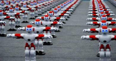 1007 Robots Danced in Mass and Made Guinness World Record