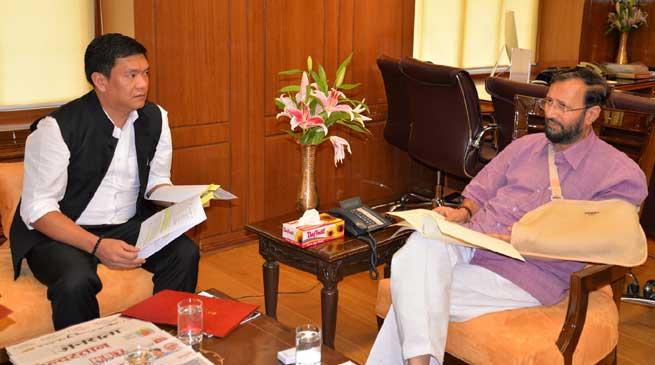 Pema Khandu Meets Prakash Javedekar