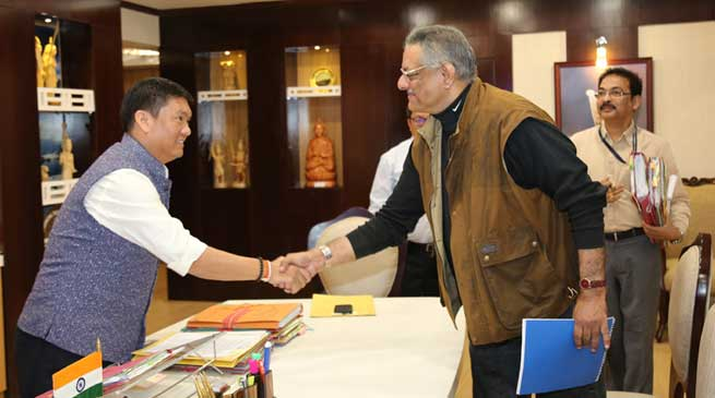 Surabhi Producer Siddharth Kak meets with Khandu