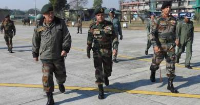 Army Chief visits the Gajraj Corps