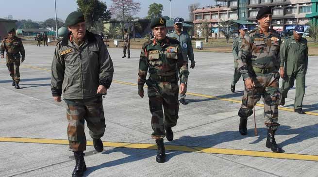 Army Chief visits the Gajraj Corps