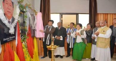 Khandu inaugurates Tadar Taniang Hall