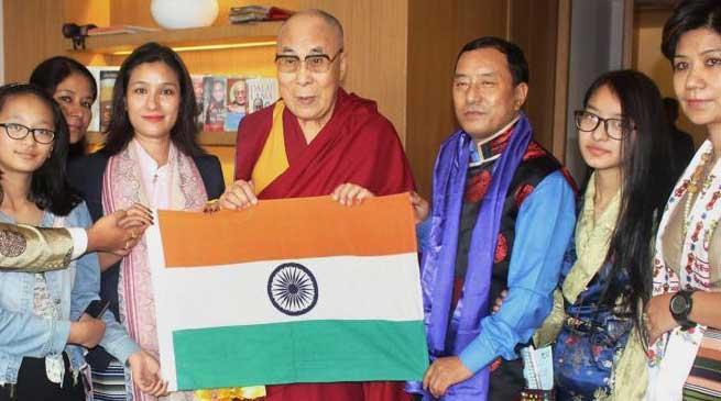 Dalai Lama blesses Anshu Jamsenpa for Everest Expedition