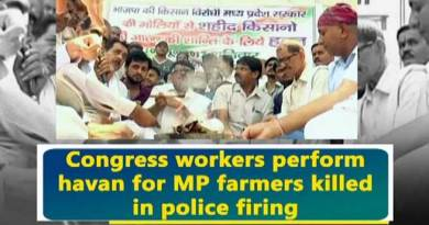 watch video- Congress workers perform havan for MP farmers killed in police firing