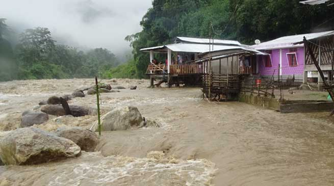 Itanagar- Heavy rainfall brings life out of gear