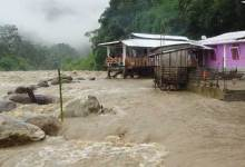 Itanagar- Heavy rainfall brings life out of gear
