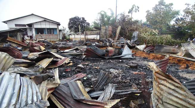 Inferno devour 3 houses, 9 family rendered homeless at Nerba Colony