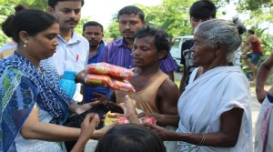 Army Public School (APS), Tezpur distribute flood relief item to villagers