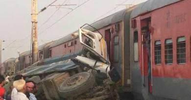 UP- Kaifiyat Express derails in Auraiya, 70 injured