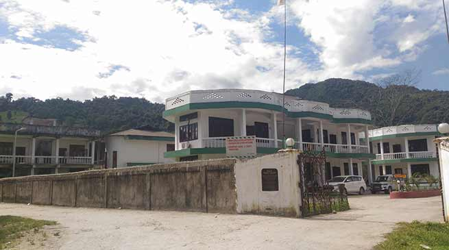Aalo: P & P Tourist Resort inviting accident from several corners