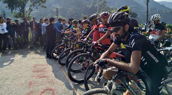 MTB cyclist flagged off at Kalaktang