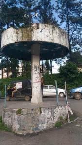 Is Traffic Police waiting for a mishap at Bank Tinali